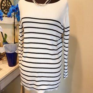 Gap striped sweater - M